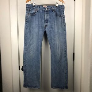 Levi's vintage 501 36x30 button fly jeans